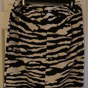 Michael Kors black & white skirt